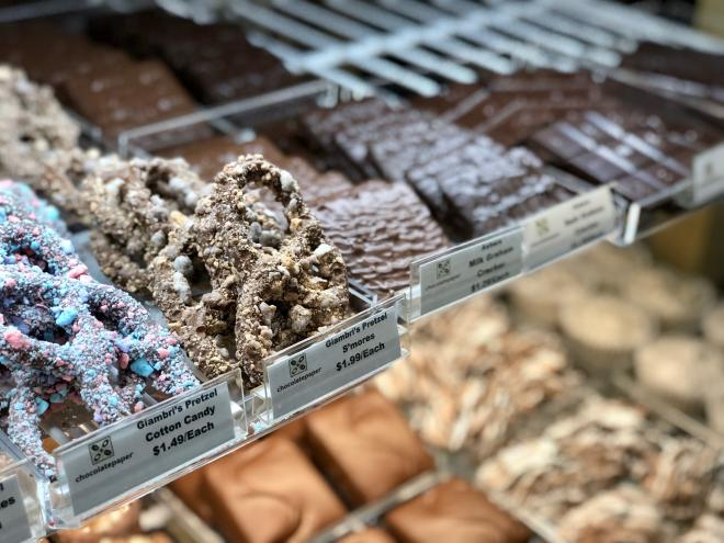 Chocolatepaper - S'mores Pretzel