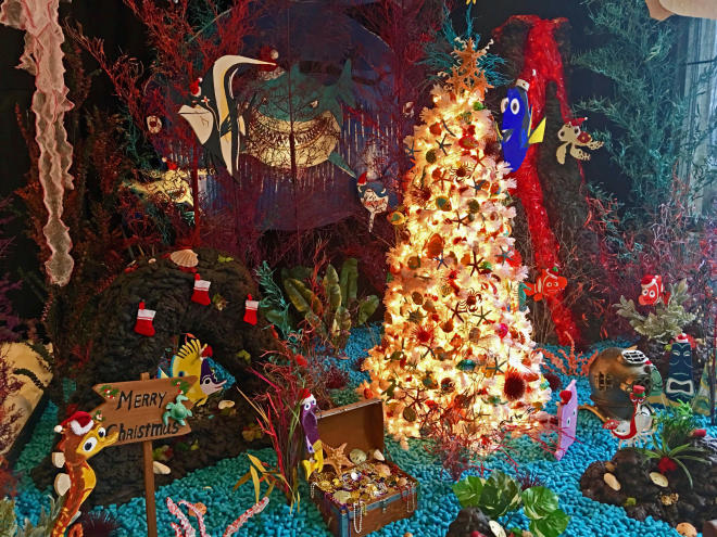 Finding Nemo themed tree at the Fashions for Evergreens event