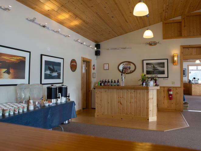 Orca Point Lodge - Bar