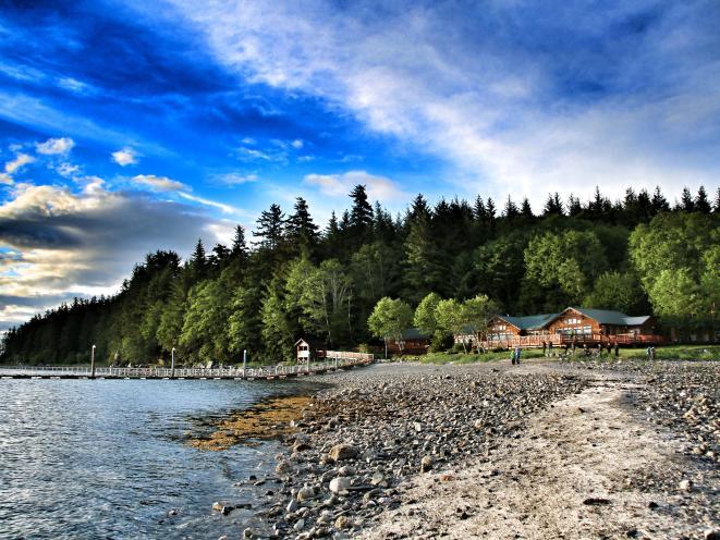 Orca Point Lodge - Beach View