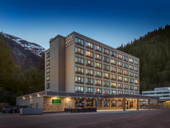 FourPointsSheraton_hotel exterior 2017 #14