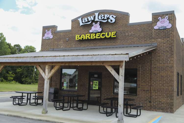 Lawlers Barbecue Muscle Shoals