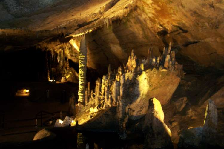 G_Caverns.jpg