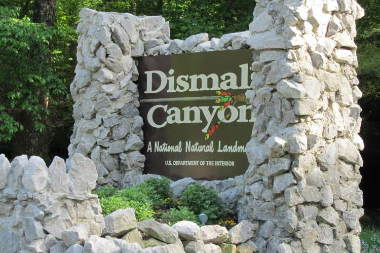 Dismals Entrance