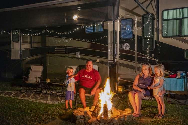 Camping Lake guntersville