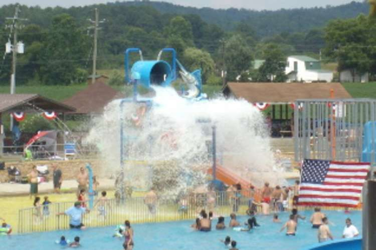 Spring_Valley_Beach.jpg