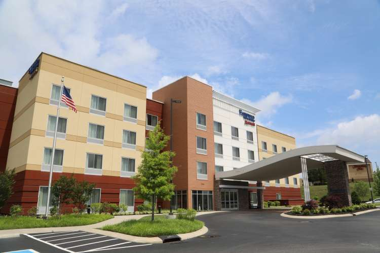 Fairfield Inn & Suites 1