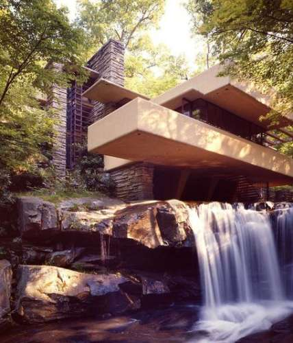Frank Lloyd Wright's Fallingwater®