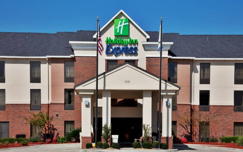 Welcome to the Holiday Inn Express, Sulphur/Lake Charles