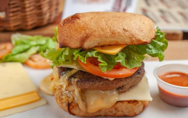 Maplewood Burgers Sulphur