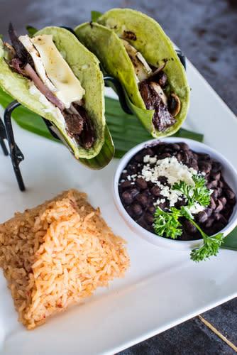 Taco Rosa Tacos de Filet