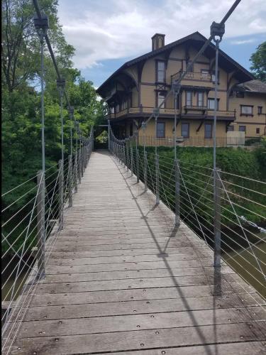 Tinker Swiss Cottage 6