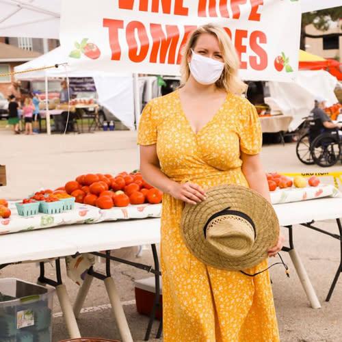 OP-Farmers-Market-Heatherbcurvey