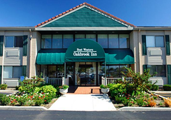 Best-Western-Plus-Oakbrook-Inn-PRIMARY.jpg