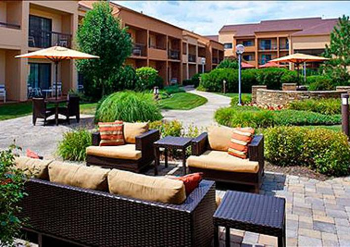 Courtyard-OBT-Outdoor_Experience-PRIMARY.jpg