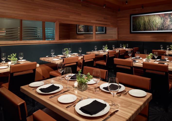 Devon_Banquet 05536.jpg
