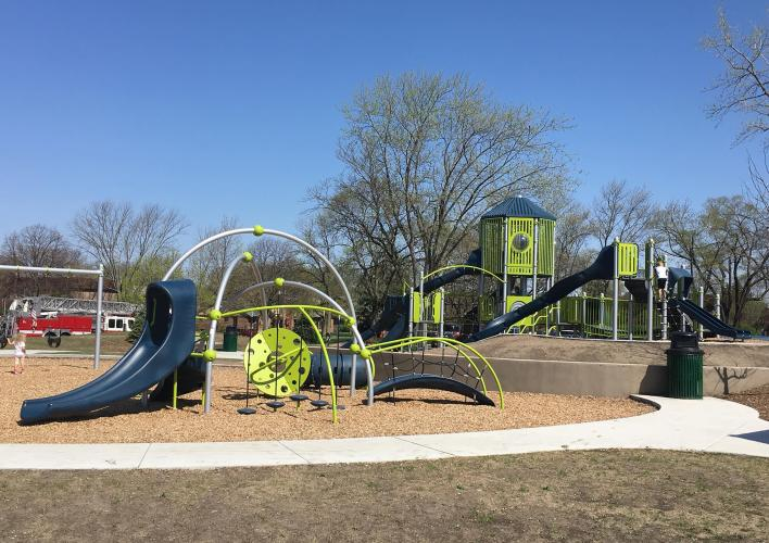HERO Photo - Heritage Park Playground.jpg