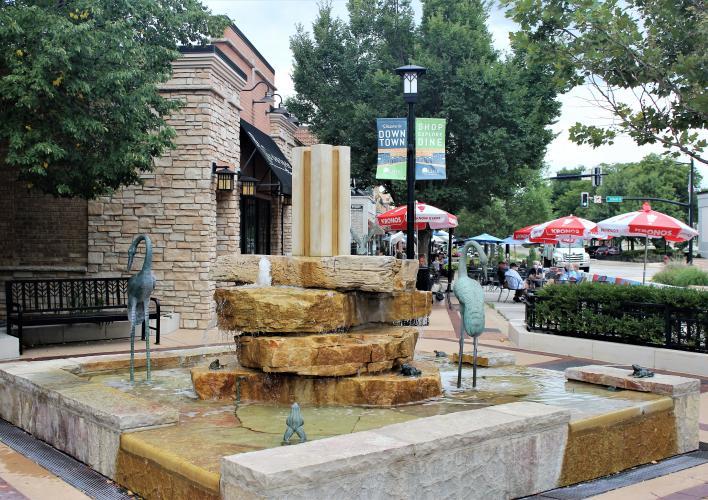 Lisle Fountain 2