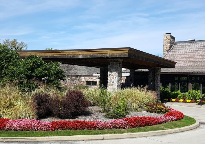 Oak BRook Bath & Tennis Club Front Building 2.jpg