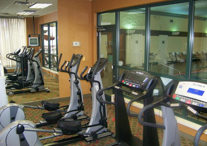 Holiday Inn & Suites Bolingbrook Fitness Center