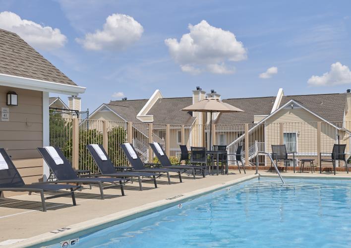Sonesta Outdoor Pool