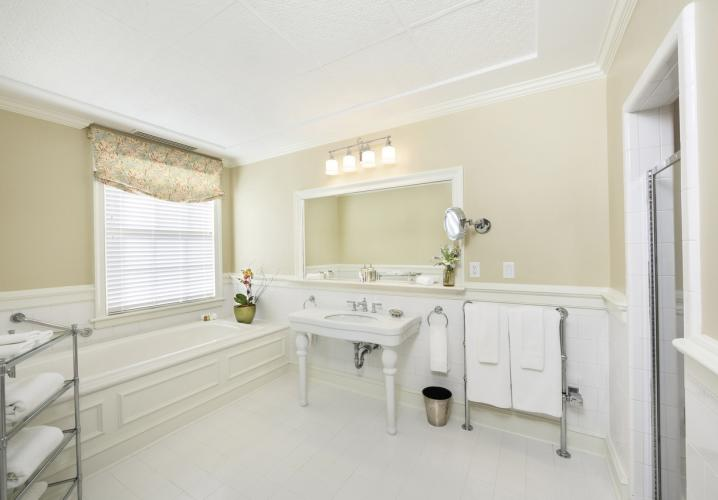 Guest Bathroom at Keswick Hall and Golf Club