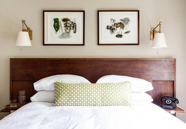 Oakhurst guest room