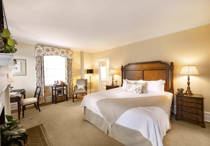 Superior Room at Keswick Hall and Golf Club