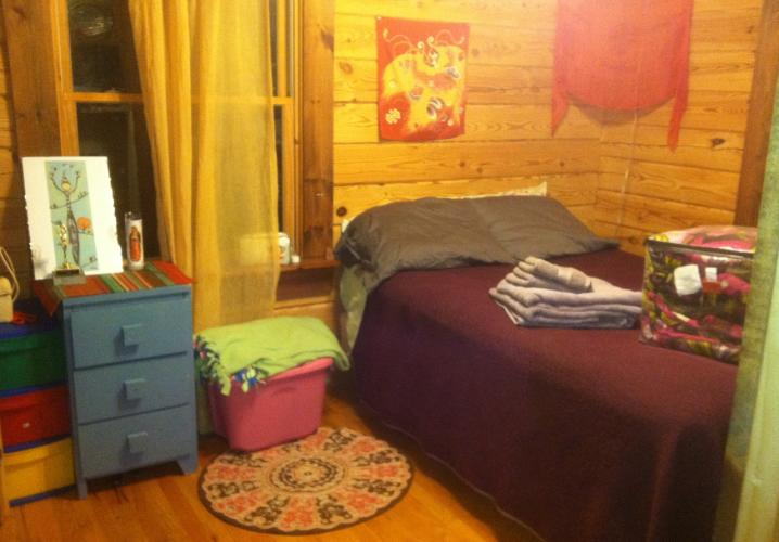 Loghouse Small Bedroom