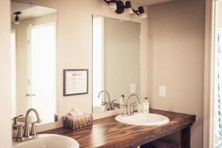 Curvue Hideaway & Trees Retreat Center bathroom sinks in Eau Claire, Wisconsin