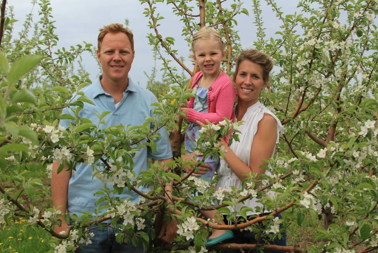 Autumn Harvest Winery: family