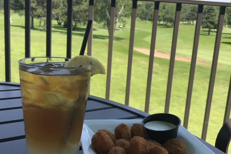 The Princeton Valley Pub & Grill - Arnold Palmer and Cheese Curds