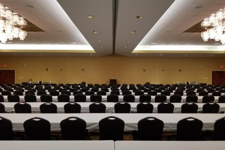 Best Western PLUS – Eau Claire Conference Center Ballroom