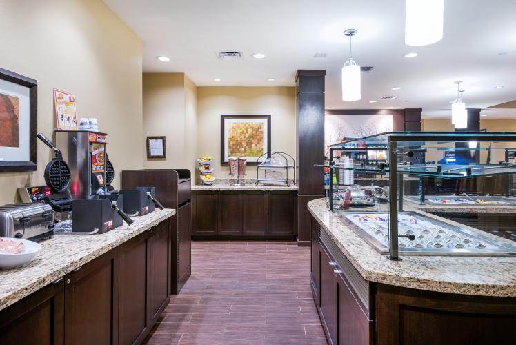 The Breakfast Buffet at Staybridge Suites Eau Claire-Altoona