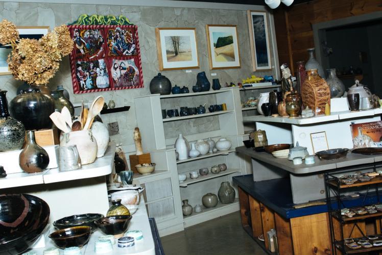 Caradori Pottery in Eau Claire, Wisconsin