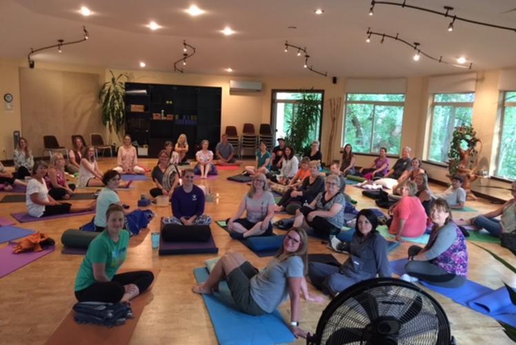 Center Yoga
