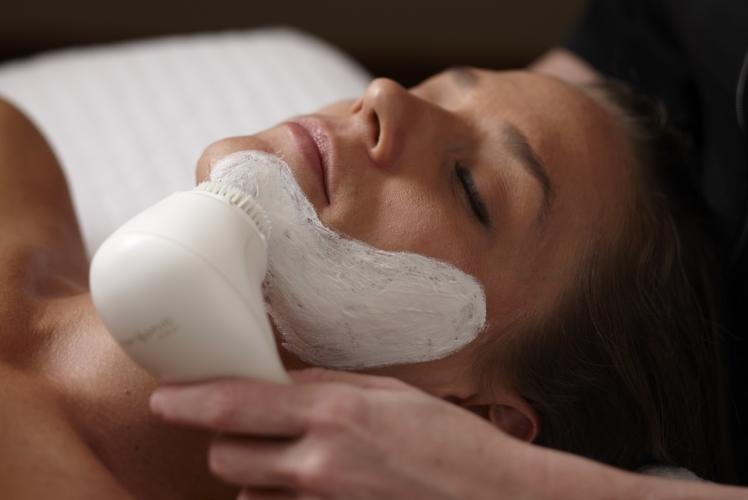 Lotus Spa Clinical and organic facial treatment in Eau Claire, WI