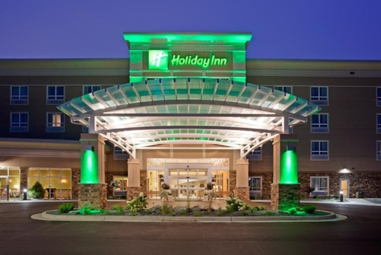 Holiday Inn Eau Claire South Exterior