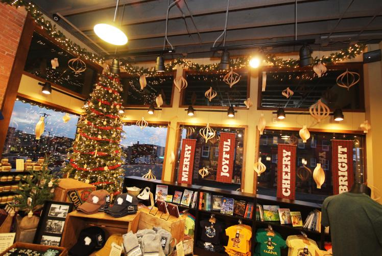 The Local Store Eau Claire Wisconsin Holiday Decor