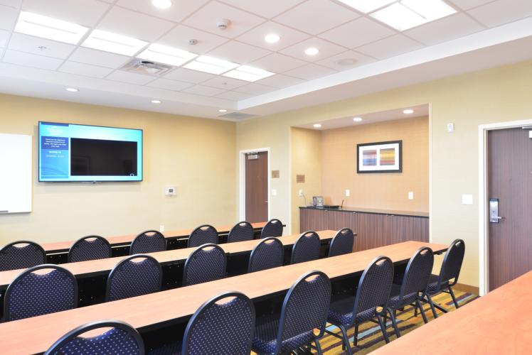 Fairfield Inn & Suites by Marriott Meeting Space