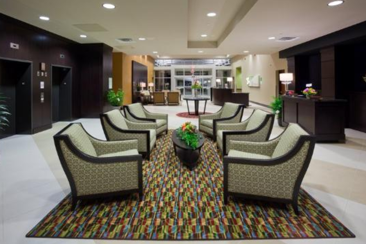 Holiday Inn Eau Claire South Hotel Lobby