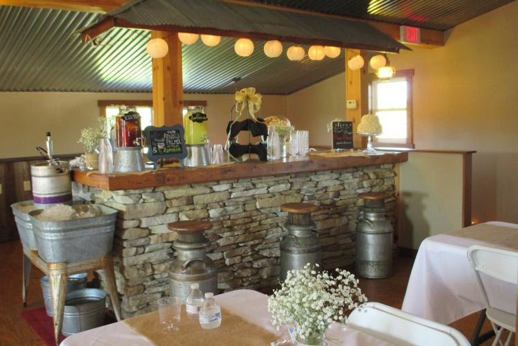 SCHULTZ'S COUNTRY BARN & PUMPKIN PATCH - RECEPTION BAR