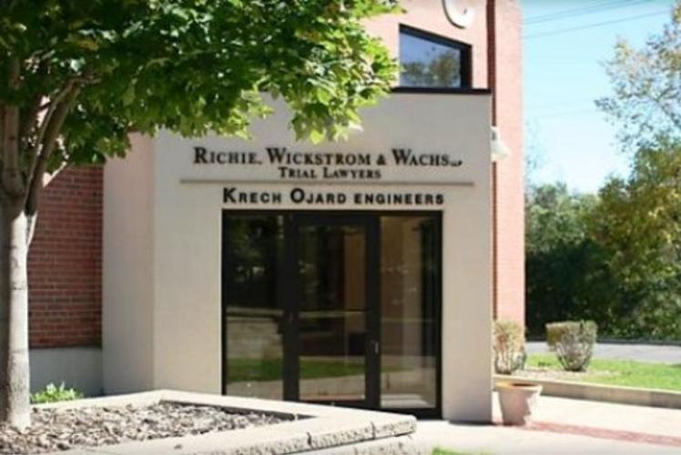 Richie Wickstrom & Wachs - Entrance