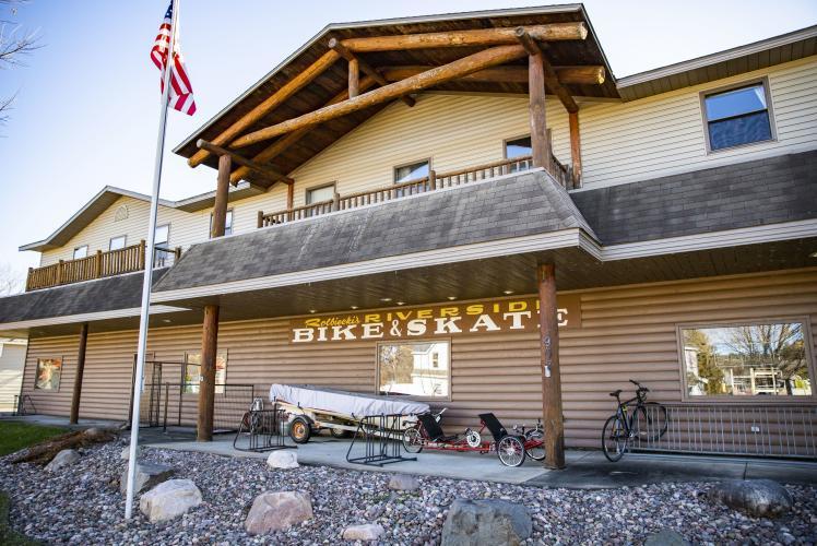 Riverside Bike & Skate exterior