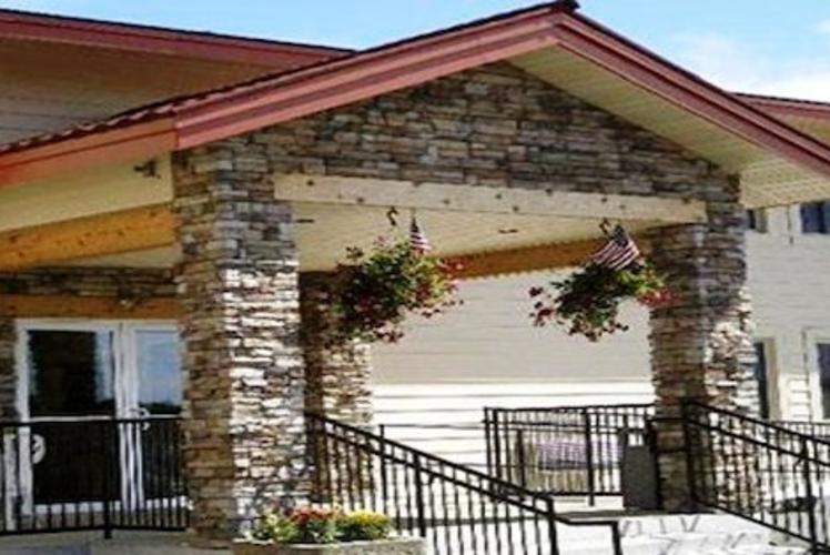Rodeway Inn & Suites Entrance
