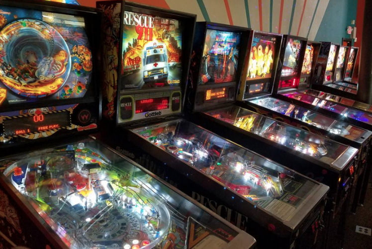 Eau Claire Games and Arcade - Pinball