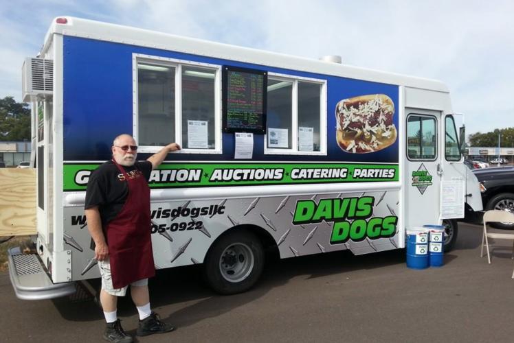 Davis Dogs Food Truck