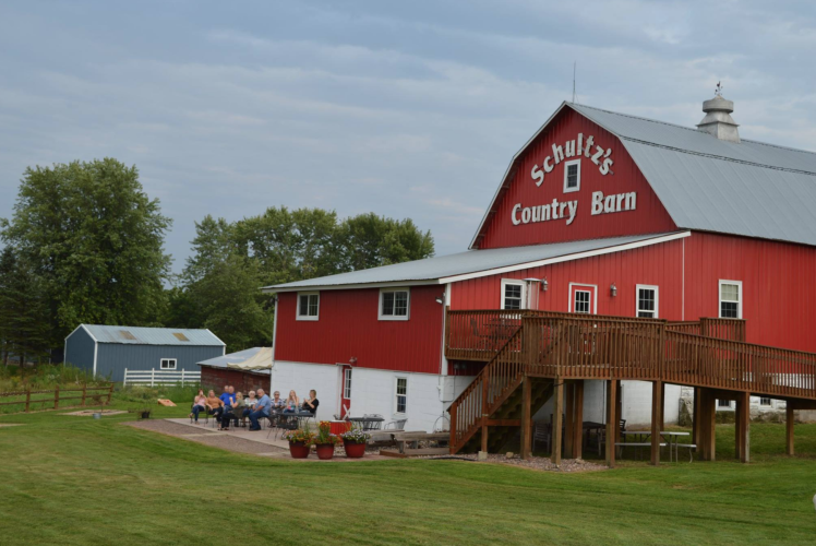 Schultz's Country Barn