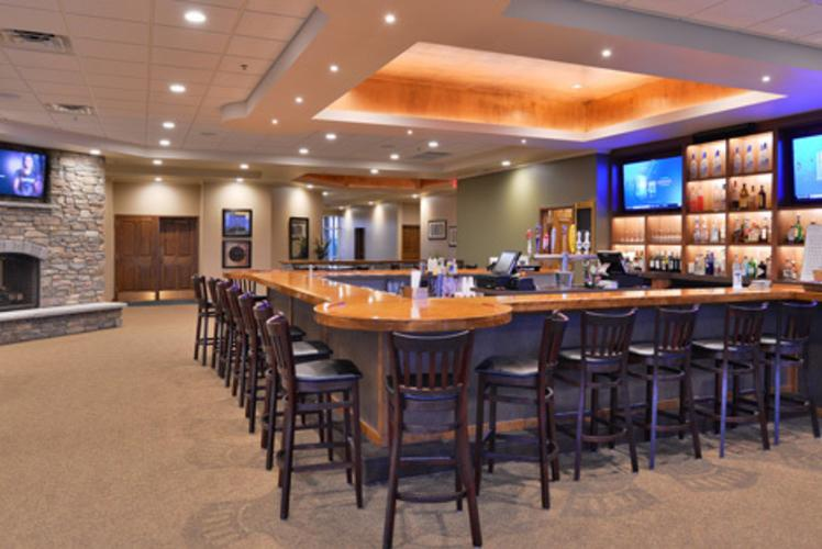 Wild Ridge Golf Course Bar
