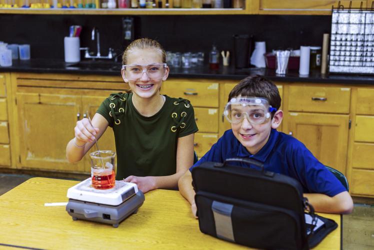 Regis Catholic School Eau Claire, Wisconsin Science